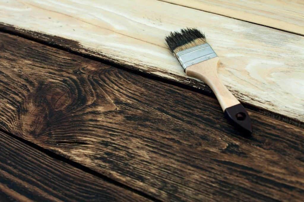 opere di falegnameria artigianale italiana pittura per legno