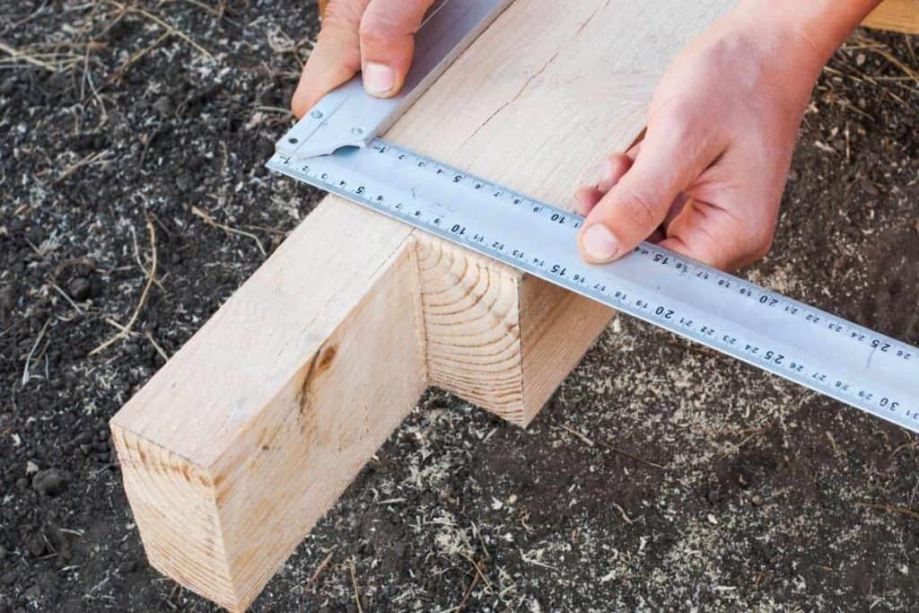 opere di falegnameria su misura con misurazioni